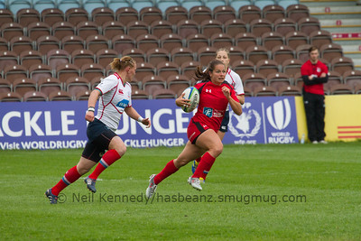 Ashley Steacy with the ball