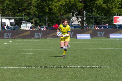 Chloe Dalton with the ball