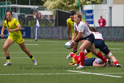 Anna Gavrilyuk passing the ball