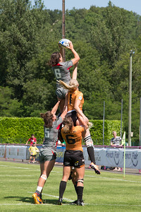Sioned Harries takes the ball at the lineout