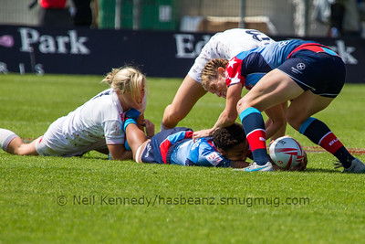 2015/16 HSBC World Rugby Women's Sevens Series - Clermont-Ferrand, Pool, Match 3 England 7s 26 - 7 USA 7s Stade Gabriel Montpied, Clermont-Ferrand, France, 28th May 2016