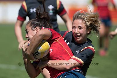 Elinor Snowsill tackles Patricia Garcia