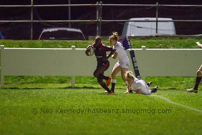 Emma Jada crosses the line for her second try