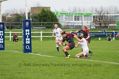 Mackenzie Higgs scores a try