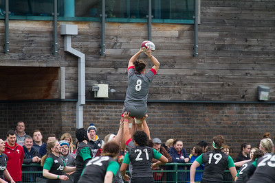 Sioned Harries passing the lineout ball