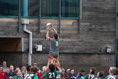 Sioned Harries takes the lineout ball