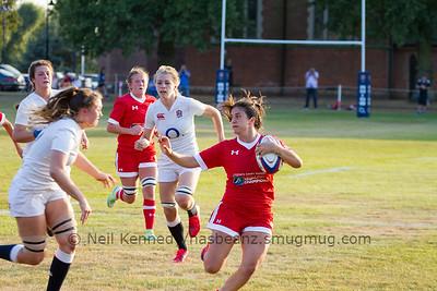 Julia Schell (Oshawa Vikings), Uxbridge, ONwith the ball