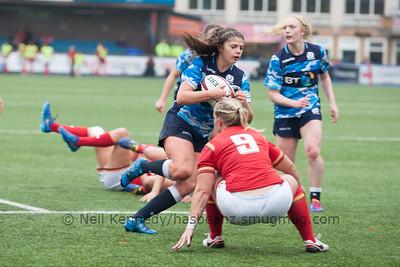 Lisa Thomson ball in hand