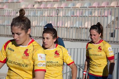 Irene Schiavon , Maria Casado and Amaia Erbina run out for the game