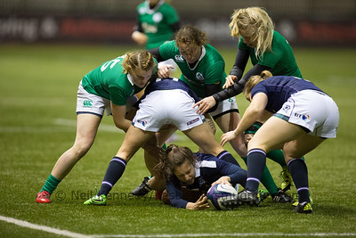 Rhona Lloyd recycles the loose ball to Sarah Law at the breakdown