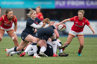 Natasha Hunt passes the ball