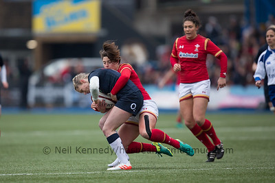 Robyn Wilkins tackles Natasha Hunt