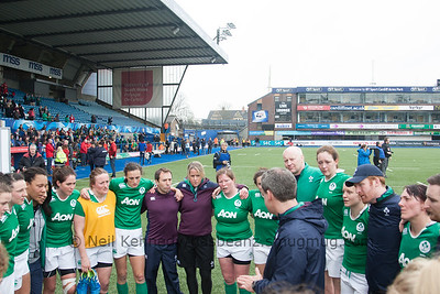Ireland post match huddle