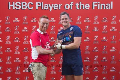 Mark Robertson receives Player of the final award from Ben Ryan