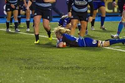 Rachel Taylor scoring  a try