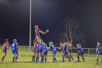 Olivia Jones takes a lineout ball