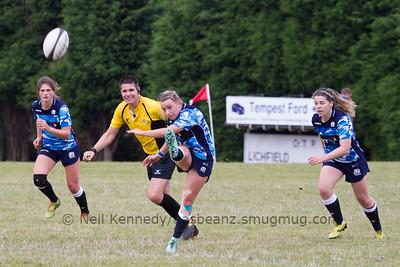 Chloe Rollie kicks