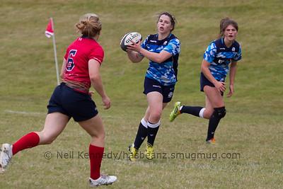 Lisa Marting takes the ball