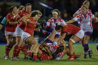 Sioned Harries rips the ball away at the breakdown
