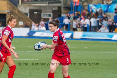 Switch pass from Nia Davies to Dyddgu Hywel