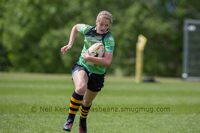 Claire Morgan with the ball
