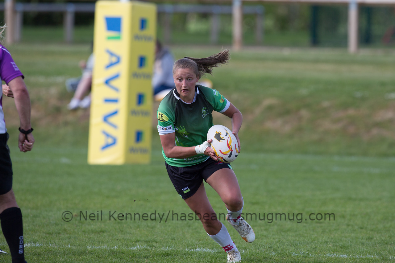 Joanne Jones with the ball