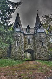 Dundas Castle turrets gateway