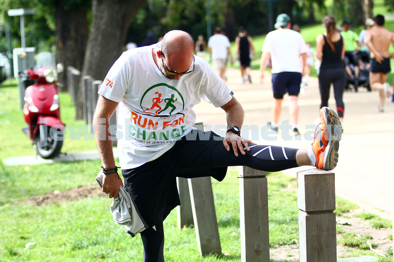 8-12-13. Run For Change. The second annual Run for Change fund raising run around the Tan track at Melbourne's Botanical Gardens. Organised by JAA, Jewish Aid Australia. Photo: Peter Haskin