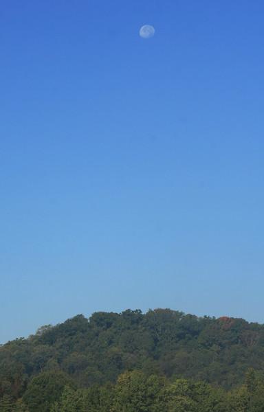 Morning Moon, Clarksburg, WV