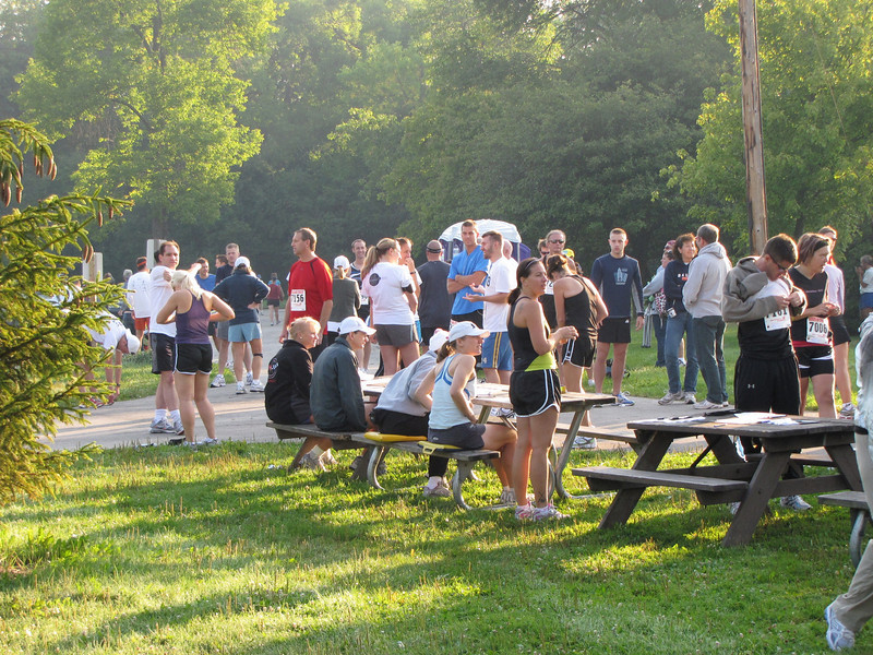 Race day registration and pre-registration pick-up