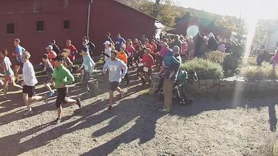 Run The Farm 2016 5 miler start - camera 2