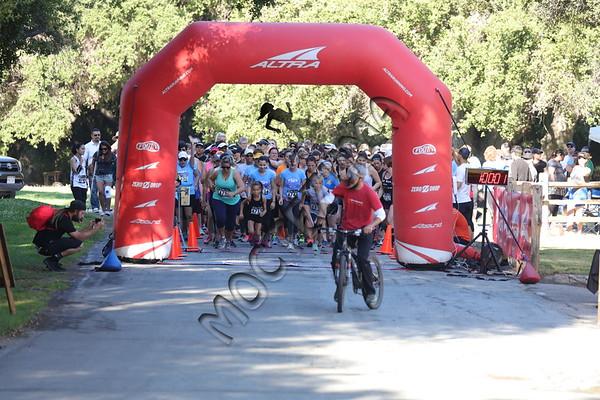 Women's  5k  -  Run & Finish line