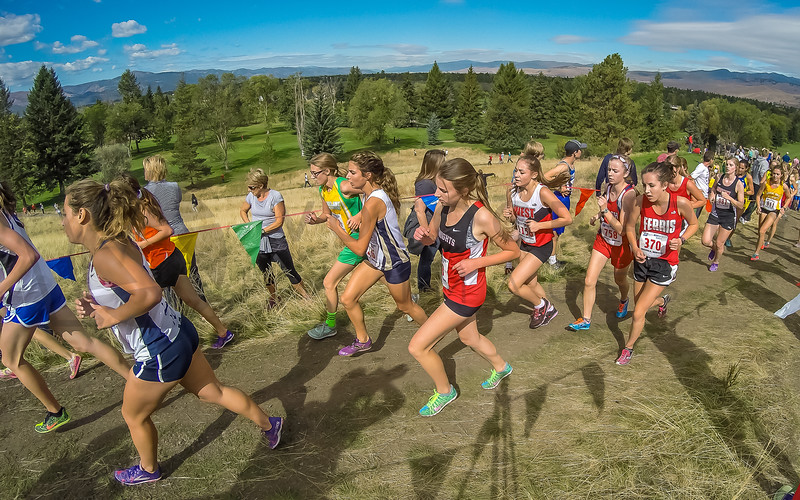 2015 XC MWC - Race 3 - Varsity Girls (f)-26