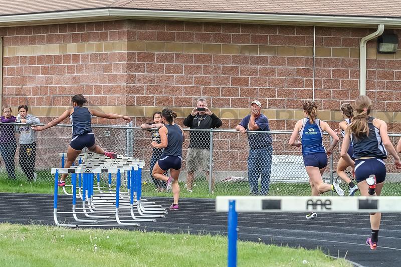 2015 WD - 300m hurdles (f)-28