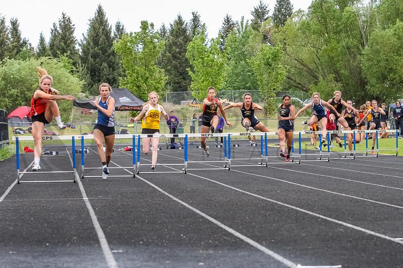 2015 WD - 300m hurdles (f)-18