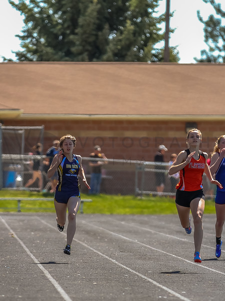2016 Missoula Invite - 200m girls (f)-35