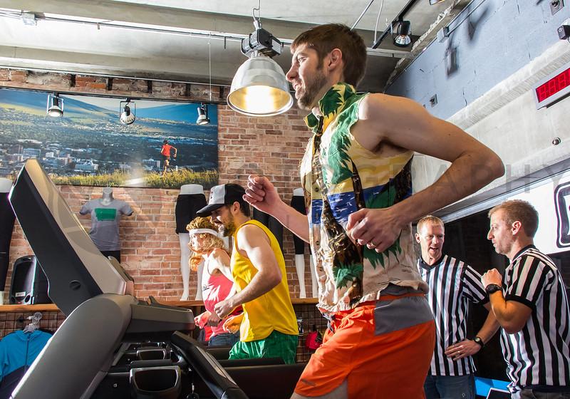 2015 RE Treadmill Challenge (f)-24