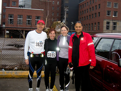 Barry, Shelley, Kim, Phil Before the start of the Around The Bay 30K Race - Hamilton, Ontario - March 2007.