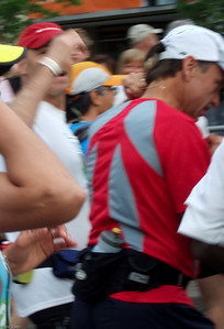 Barry & George Start of the Ottawa Marathon - May 2007