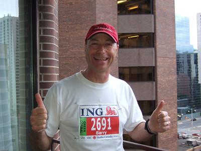 Before the start of the Ottawa Marathon - May 2007