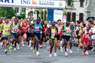 Start of the Ottawa Marathon -May 2007