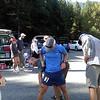 Craig admiring Jeff's calves ... no more comments! :)