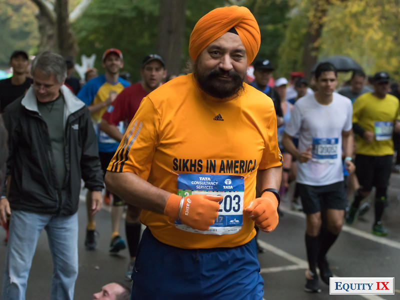 2017 NYC Marathon - Mile 25 - Satnam Parhar - Sikhs © Equity IX - SportsOgram