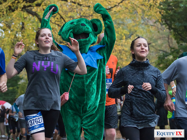 2017 NYC Marathon - Mile 25 - Britain Seibert © Equity IX - SportsOgram