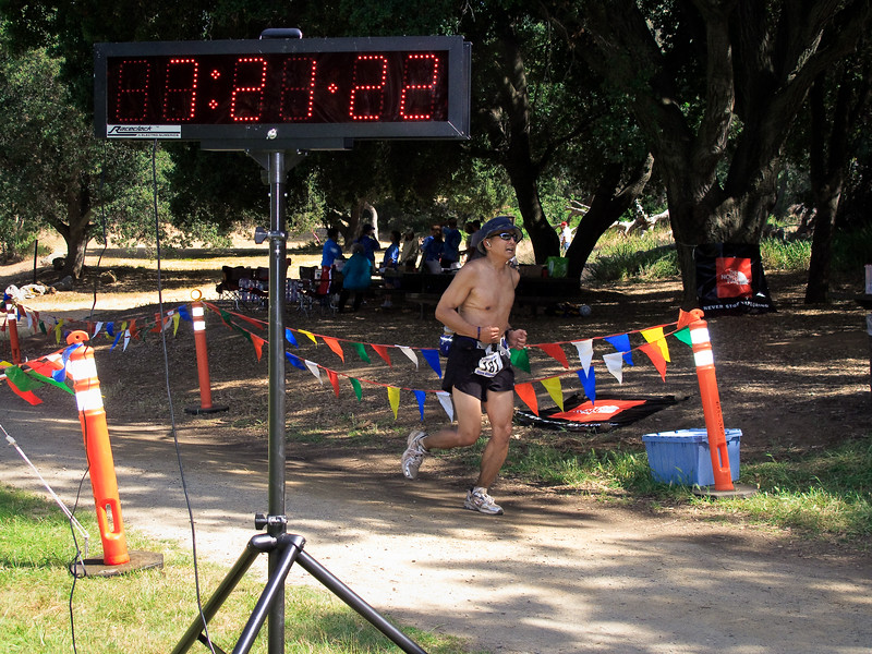 Kelly Tsudama (43) finishes in 120th place at 8:21:22. He was an early starter, starting at 7am instead of 8am.