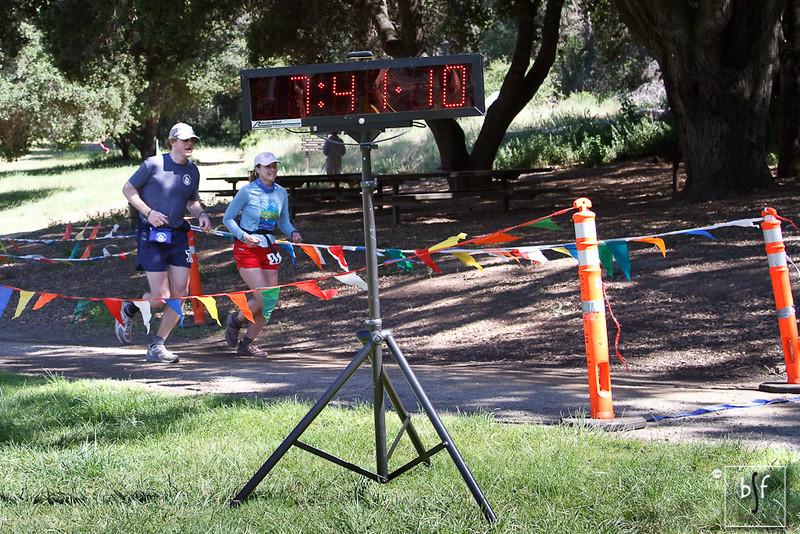 Don Lundell, age 48, 7:41:12; Gillian Robinson, age 43, 7:41:12.