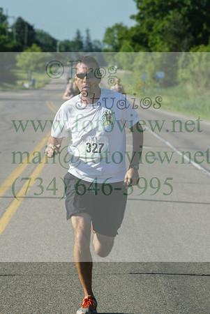 Novi Memorial Day Run 30 May 2016