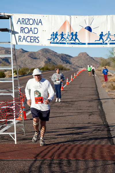 Photos from the Arizona Road Racers Desert Classic 30K on December 20, 2009.  I apologize to those runners that I may have missed.