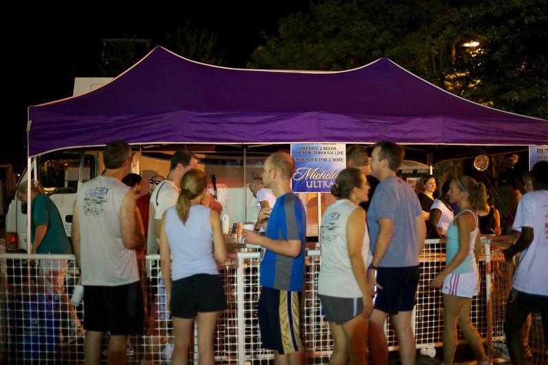 Rockville Twilight 8k: Last minute run on the beer tent