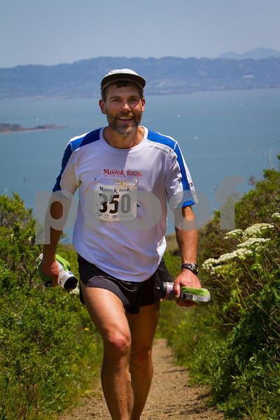 Miwok 100K, Marin Headlands, CA  -------- Contact : dnurockphoto@yahoo.com